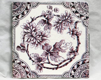 Purple and white floral tile