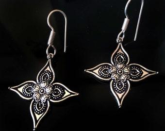 Silver Star Earrings,Silver Jewelry,Flower earrings,Silver Dangle,Small silver earrings by Taneesi