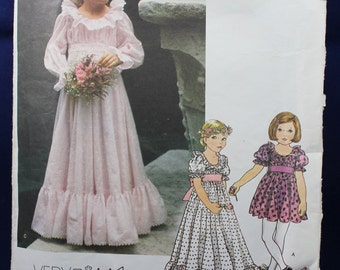Flower Girl Dress in Size 6 - Vogue 1814
