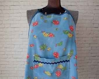 Turtle print apron, corduroy turtle apron, vintage turtle full apron, novelty turtle apron, blue corduroy turtle apron, ric rac apron