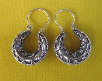 Balinese Sterling Silver hoop Earrings /  silver 925 / Bali granulation handmade jewelry / 1.15 inch long / (#6K)