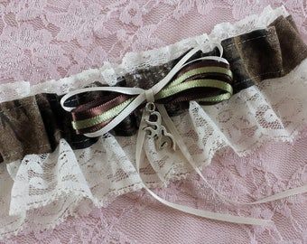 Hunting Deer Camo Camouflage Wedding Garter Belt w/ Ivory Lace Realtree Browning