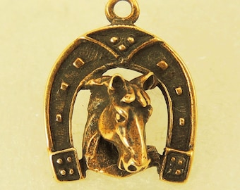 Pendant Small Horseshoe With A Horse