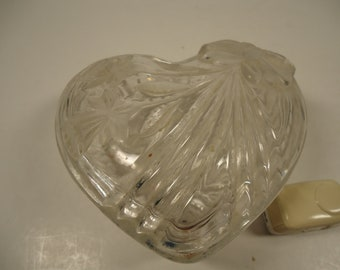 Heart shaped covered  glass trinket dish