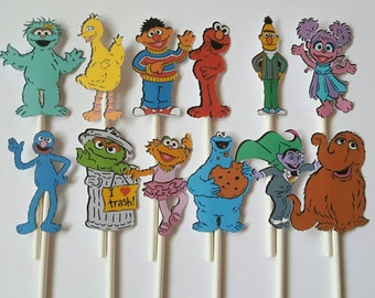 Sesame Street cupcake toppers - set of 12 - Sesame Street party, Elmo, Cookie, Big Bird
