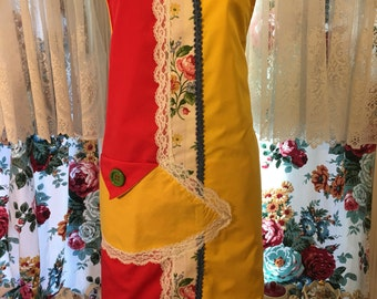 Red Yellow Vintage Lace Rose Mothers Birthday Hostess One of a Kind Cute Fun Abstact Cottage Chic Owl Romanic Original Apron Arvilla Ruby
