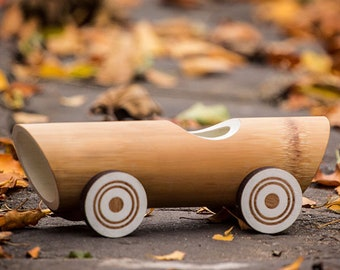 Bamboo toy cars - Vintage