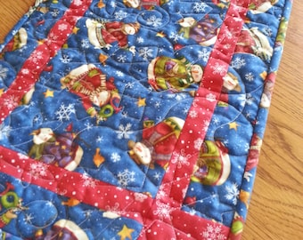 Snowman Quilted Table Runner, Snowflakes Quilted Table Runner, Winter Quilted Table Runner, Free US Shipping
