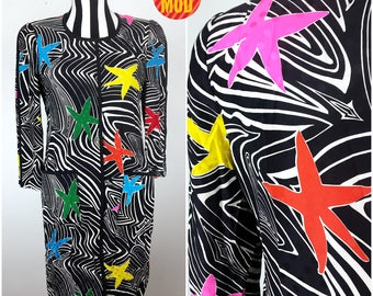 Psychedelic 80s 90s Black White Op Art Swirl with Bright Stars, Silky Lightweight Shift Dress by David Hayes for Neiman Marcus