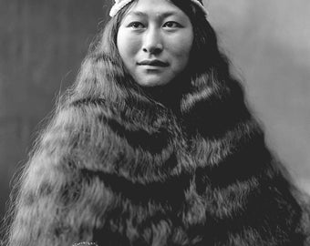 "Lomen Brothers photo, ""Nowdiuk"" Inuit Woman, Nome, Alaska 1903"