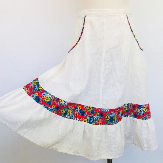 Vintage skirt, vintage cheesecloth, cotton skirt, cheesecloth cotton, ditsy print, boho style, high waisted, knee length, UK 8 hippy beach,