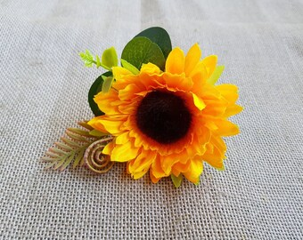 Sunflower Boutonniere Sunflower buttonhole corsage for Groom Groomsmen photo shoot Yellow wedding Sunflower wedding themed Groom flower