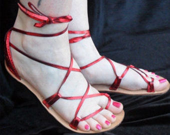 OASIS Dance CANDY Apple Red Metallic on Oak-Tan Footbed Lace Up Sandals