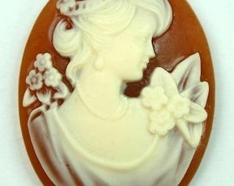 30x40 Cameo Victorian Lady Portrait  - Caramel Base Ivory Face 4pcs