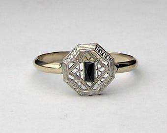 Octagonal Art Deco Sapphire 14kt ring