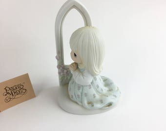 Vintage Precious Moments Worship The Lord Figurine 100064