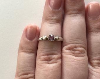 Vintage Petite Amethyst 925 Sterling Silver Ring