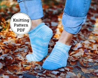 Sock Knitting Pattern, Knitted Sock Pattern, knitting pattern, Knitted Socks,  Blueberry Tart, Fingering weight Knit Socks,