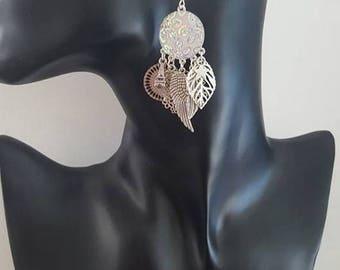 """Dangle pierced earrings """"Butterfly"""" white"""