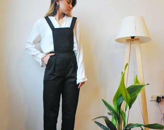 Suspender pants, suspender trausers, bretel rok, pinafore, dungaree, overall, jumpsuit, romper, pants, trousers, suspenders, black trousers