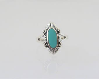 Vintage Southwestern Sterling Silver Turquoise Ring Size 7