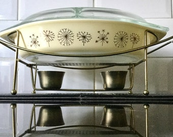 Corning Duet Dandelion / Thistle Lidded Casserole Dish and Stand