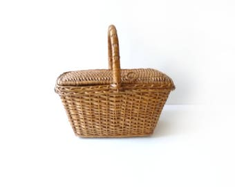 Antique Wicker Basket with Lid Home Decor Patio Decor Terrace Decor 1930-1950ss