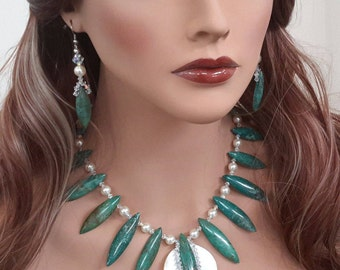 Green Turquoise Necklace Set