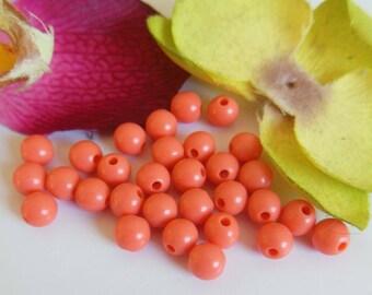 set of 30 plastic beads