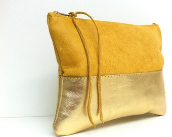 "Leather case ""SAFRAN/GOLD"""