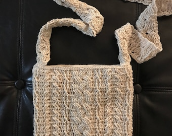Crocheted Cable Handbag