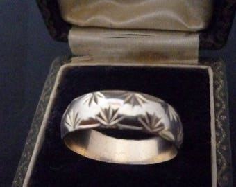 A superb vintage silver band ring - 925 - sterling silver - UK P - US 7.75 -D