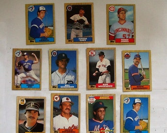 These 11 (ex  cond) 1987 MAJOR LEAGUE Baseball cards.   Cards by TOPPS See description