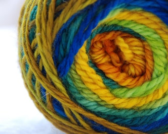 Yarn, handdyed, 100% SW Bfl colour Kreta, selfstriping
