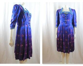 Embroidered original 1940's Dirndl Dress M-L