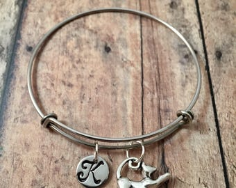 Cat initial bangle - cat jewelry, pet cat jewelry, feline jewelry, cat bangle, gift for cat lover, silver cat initial bracelet