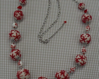 Necklace with felt beads embroidered, porcelaine and glass beads