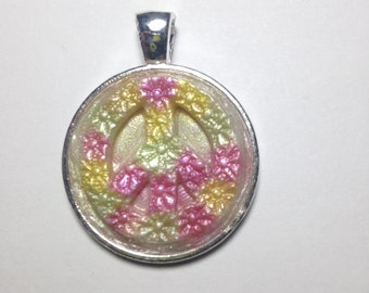 25mm Flower Peace Sign Pendant, polymer clay