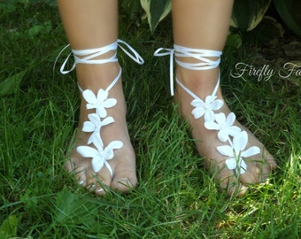White Flower Barefoot Sandals - Peach Blossoms and Pearls  Bare Feet Anklet Footless Sandles for Beach Ocean Wedding or Poolside