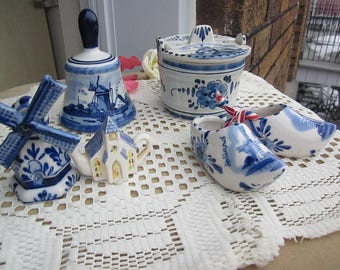 Handpainted DELFT blue and white ceramic collectible or HOLLAND Souvenir! 4 choices: shoes, bell, jam po, windmild & Church Teapot.