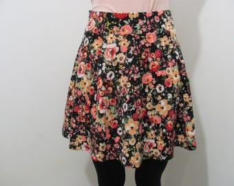 Vintage 90s Grunge Skirt, 90s floral skirt, Floral A line skirt, 90s skirt, grunge skirt, floral print skirt, vintage skirt, short skirt