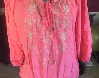 Embroidered Peasant Top size Large