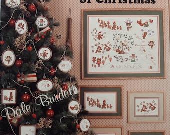 Lot of (8) Vintage Christmas Theme Cross Stitch Pattern Books, Destash Cross Stitch Pattern, Vintage Pattern Books, Christmas Patterns