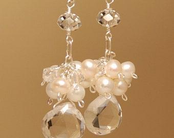 Boucles d'oreilles en perles d'eau douce, boucles d'oreilles mariées, cristal de Quartz clair Pierre, perle, cristaux Swarovski en argent massif, Semi précieuses