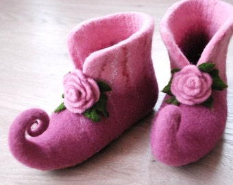 Fairy shoes felted home slippers pink color with roses can be made in custom colors HANDMADE TO ORDER