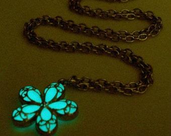 White Flower Necklace Glow In The Dark Necklace Flowergirl Silver (glows aqua blue)