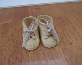 """Shoe Collection Pair of Lace up  Rubber Doll Shoes By Dolshoe for 14-16"""" Doll  7055"""