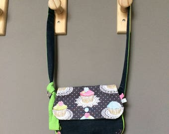 Little girl shoulder bag