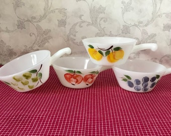 Set of 4 Fire King White Gay Fad Handled French Casserole, Fruit, Anchor Hocking, Soup Bowl, Chili Bowl, Grapes, Peaches, Apples, Fire-King
