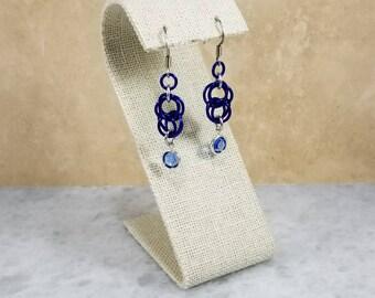 Figure 8 Chainmaille Earrings - Silver & Blue Swarovski